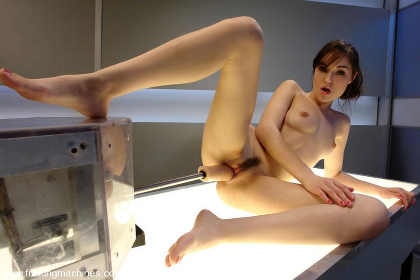 Girl Gets Fucked Fuck Machine