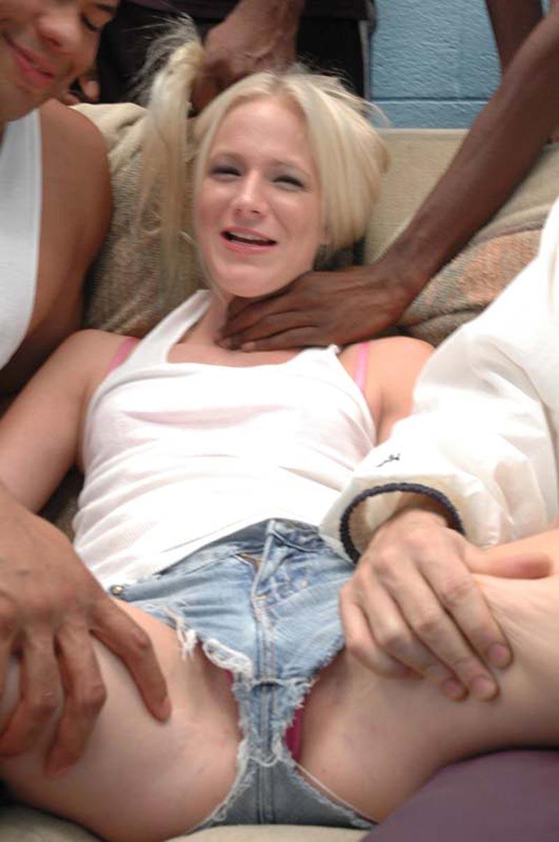 Blonde Interracial Dp Creampie