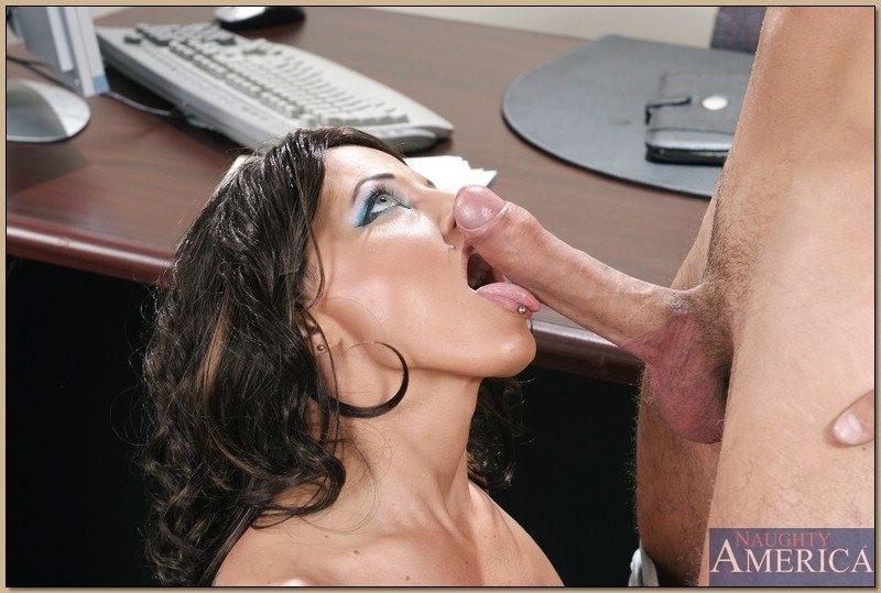 Latina Sucking Big Dick