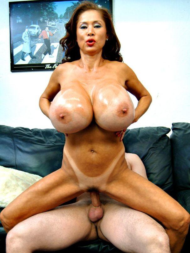 beautiful mature amateur women nude