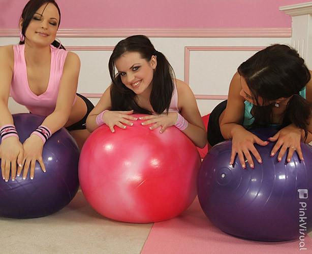 big boob brunette lesbian sex
