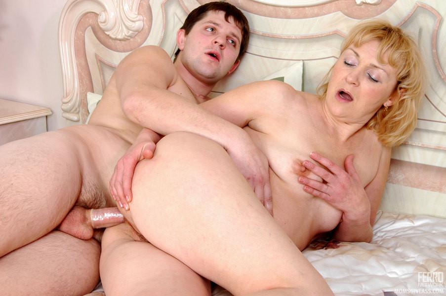Lesbian milf por