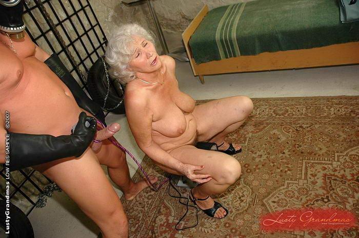granny abused porn pics