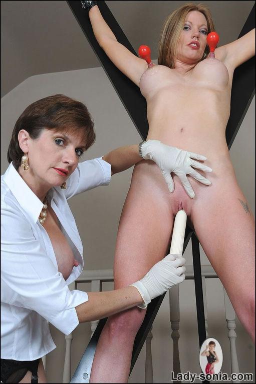 Maxine X Lesbian Bondage