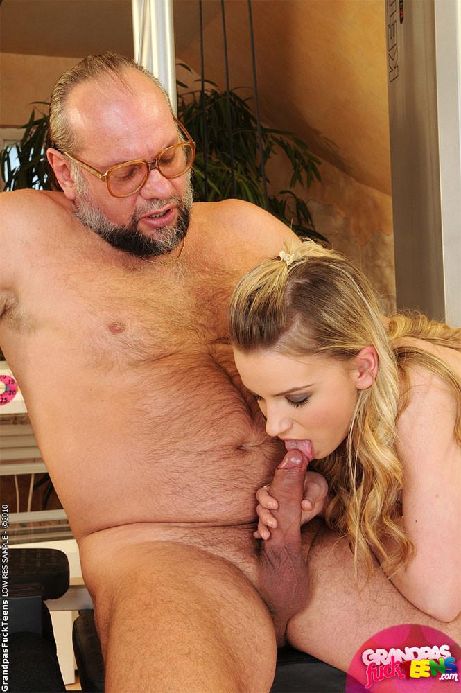 Old Man Fucks Sexy Girl