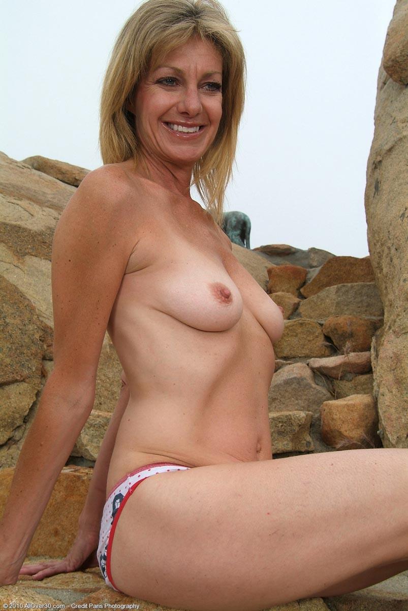 Hard boobs fucking gif sex