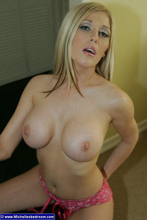 Naked girl lesbians humping gifs