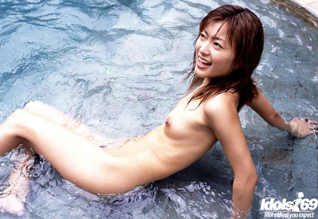 nude asian women swimming