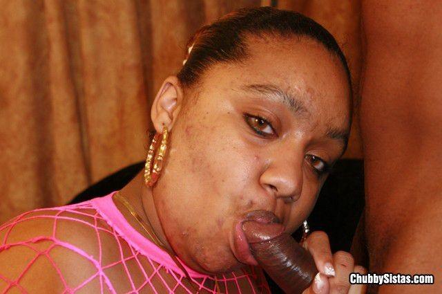 Amateur Ebony Suck White Dick