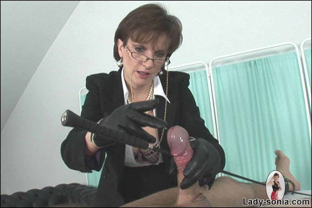 Mature Handjob Blowjob Cum