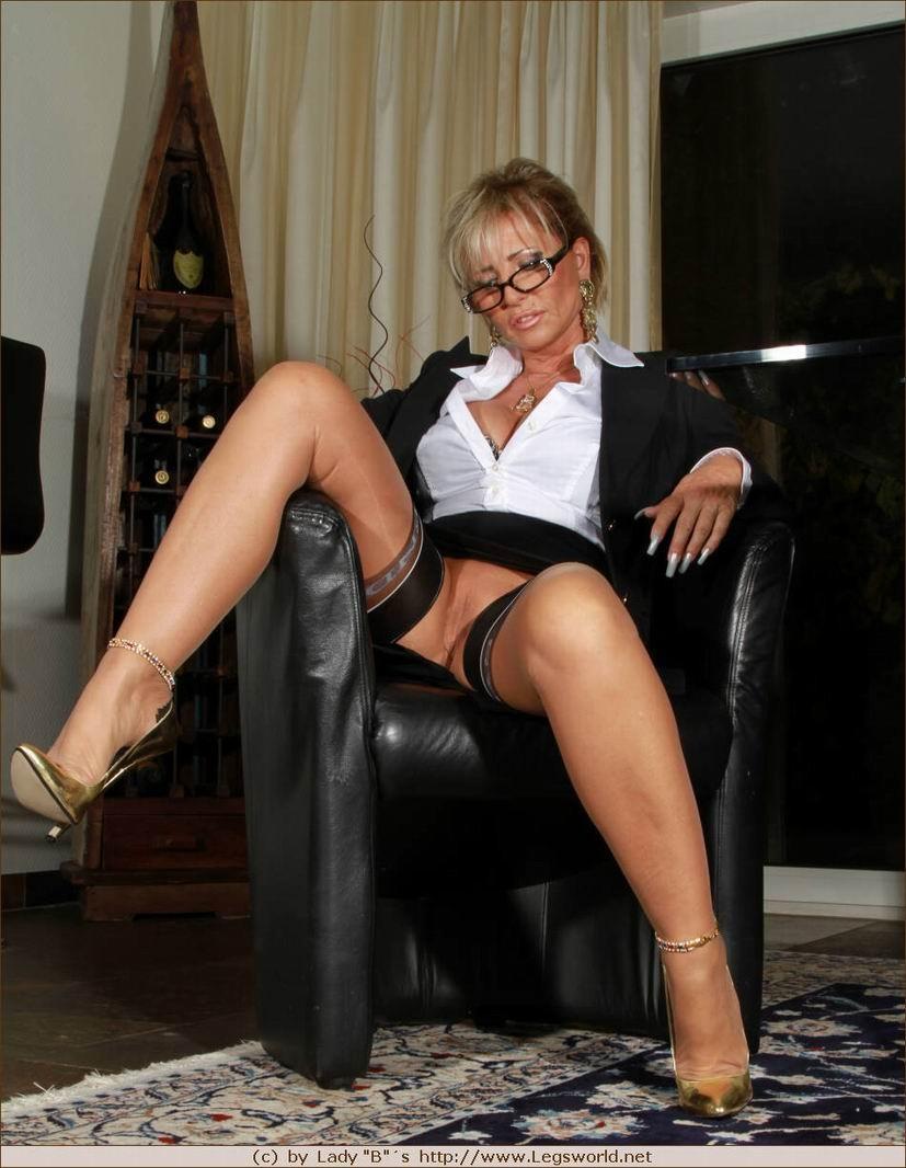 barbara de lady legsworld nylon