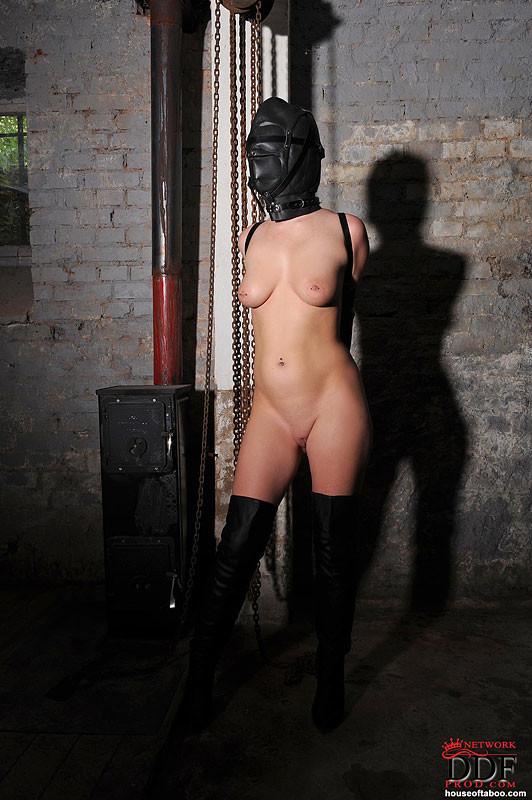 maya bijou nude