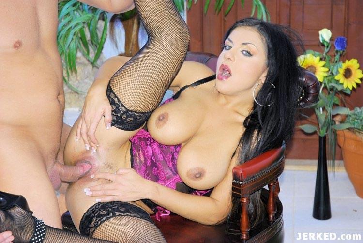 Brunette Milf Virtual Sex