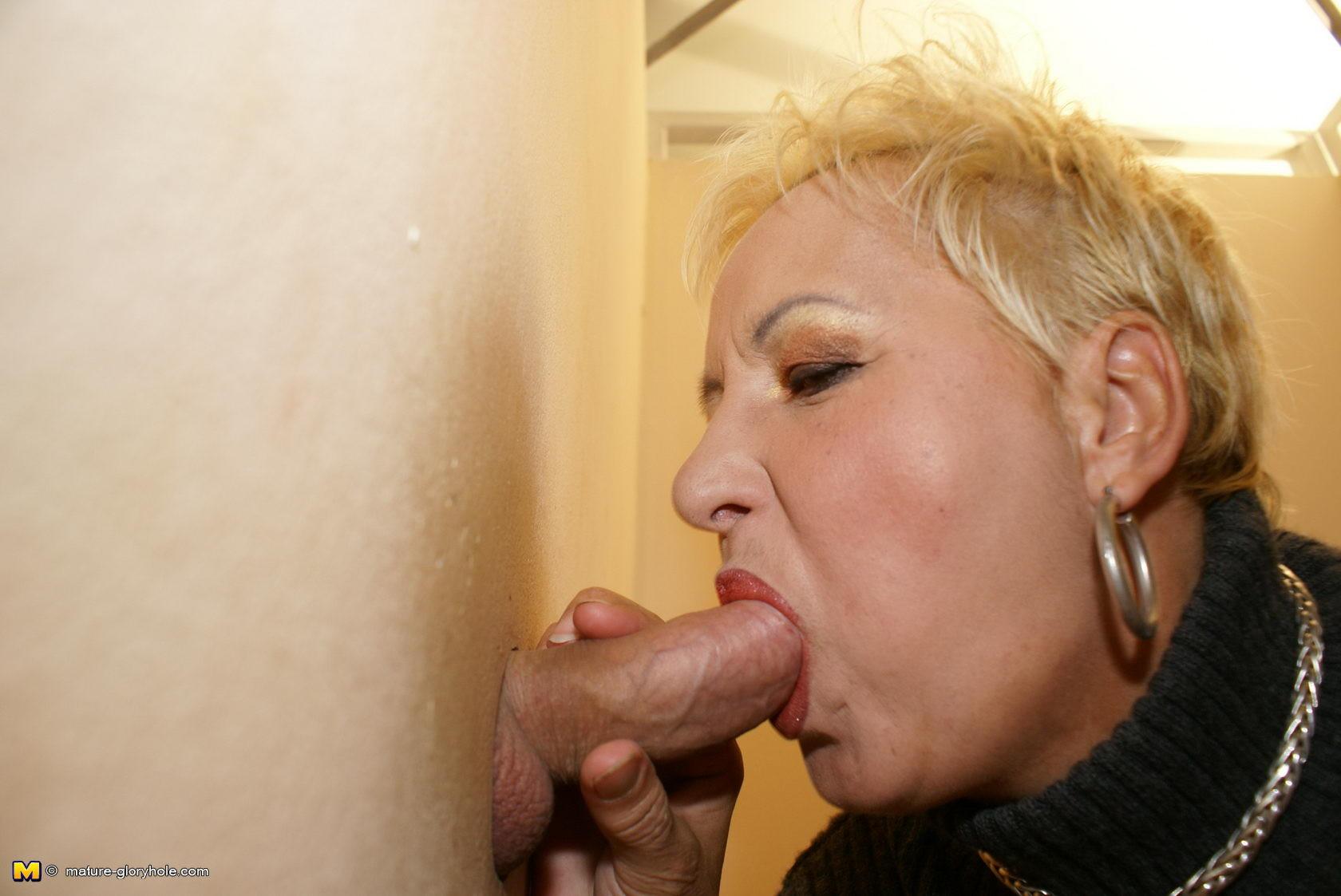 Glory Hole Blowjob Swallow