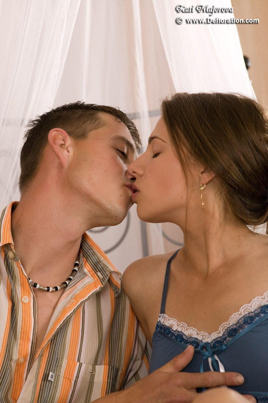 Teen Lesbian First Time Strap