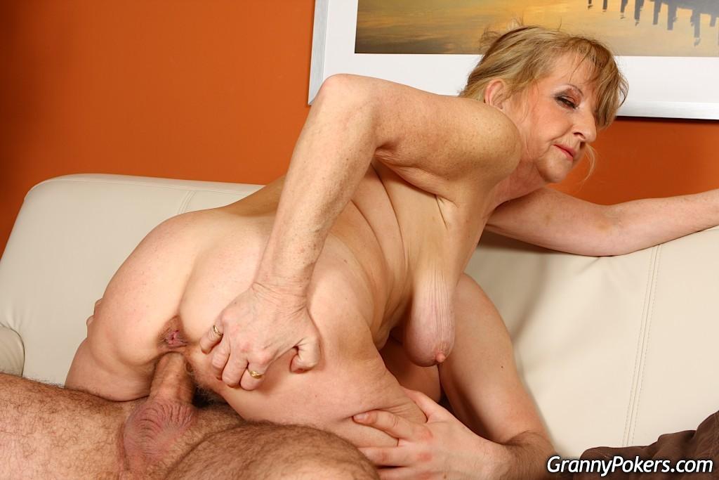 oil anal sex girl