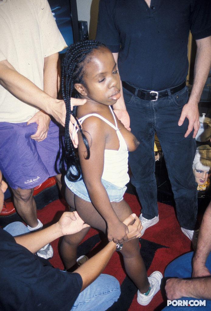 Naked fuling photos boy and girls