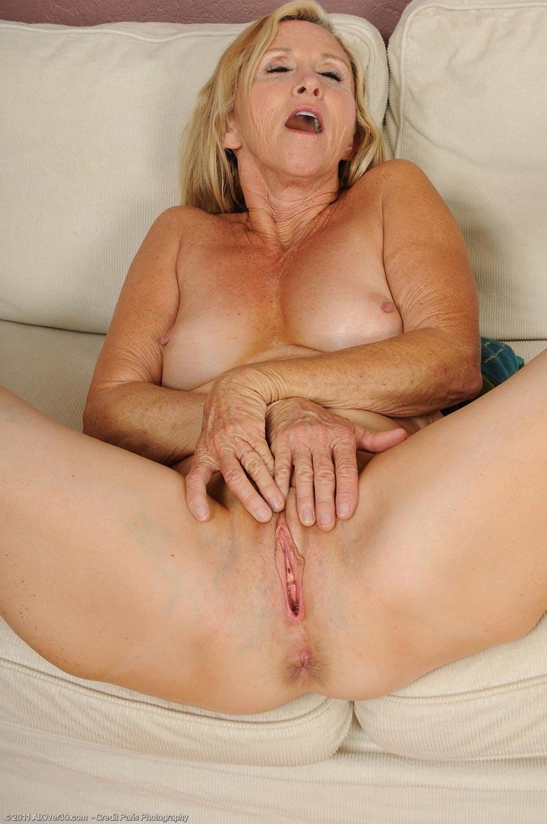 Anabelle Brady