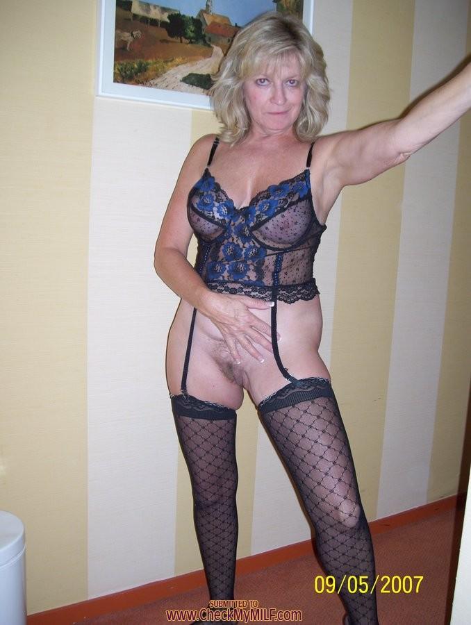 mature amateur granny sluts