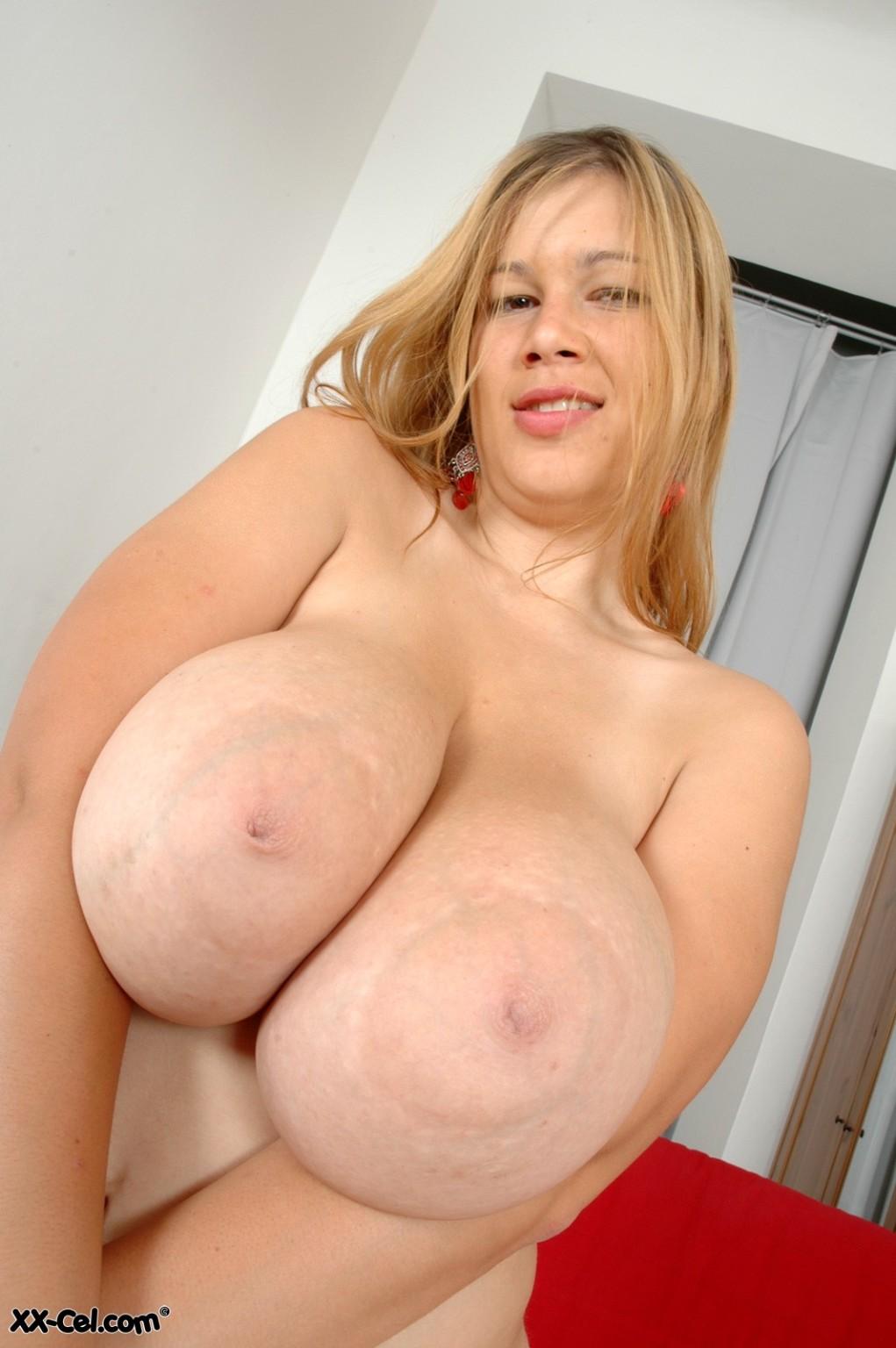 Big tits ex gf selfie