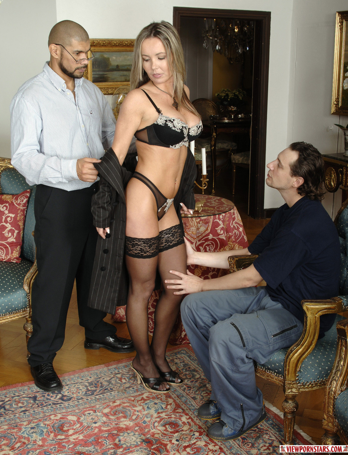 Amateur Mmf Hairy Threesome