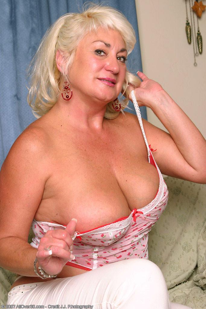 Big Tit Blonde Lesbian Strap