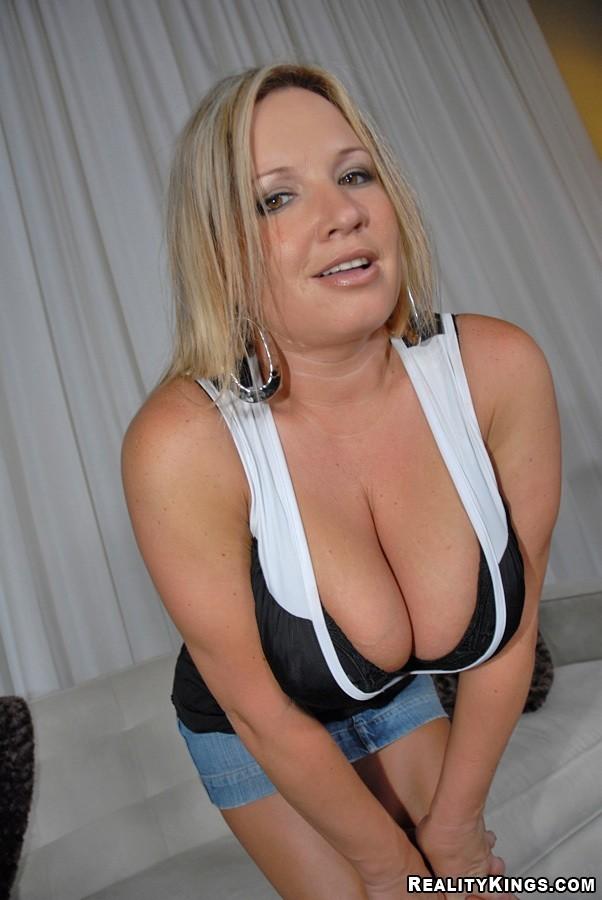 Blonde Teen Big Tits Threesome