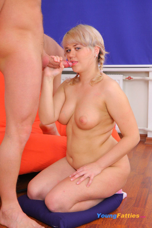 jessica collins topless