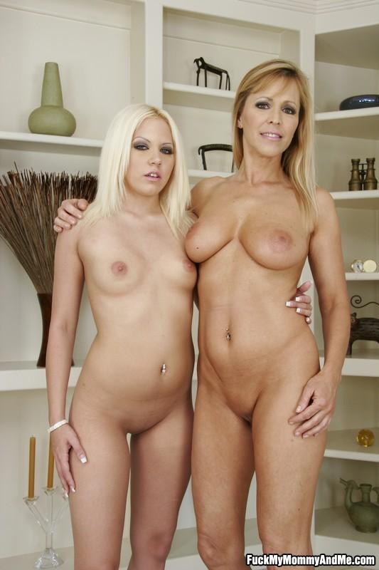 naked moms xxx fuck