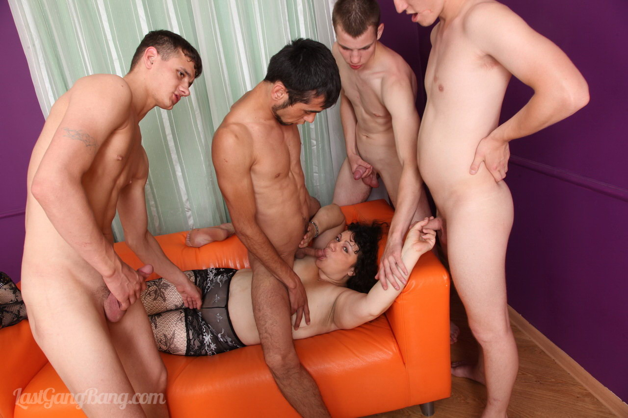 Old Men Gangbang Mature Porno four guys share an old bitch addicted to allhole fuckingg