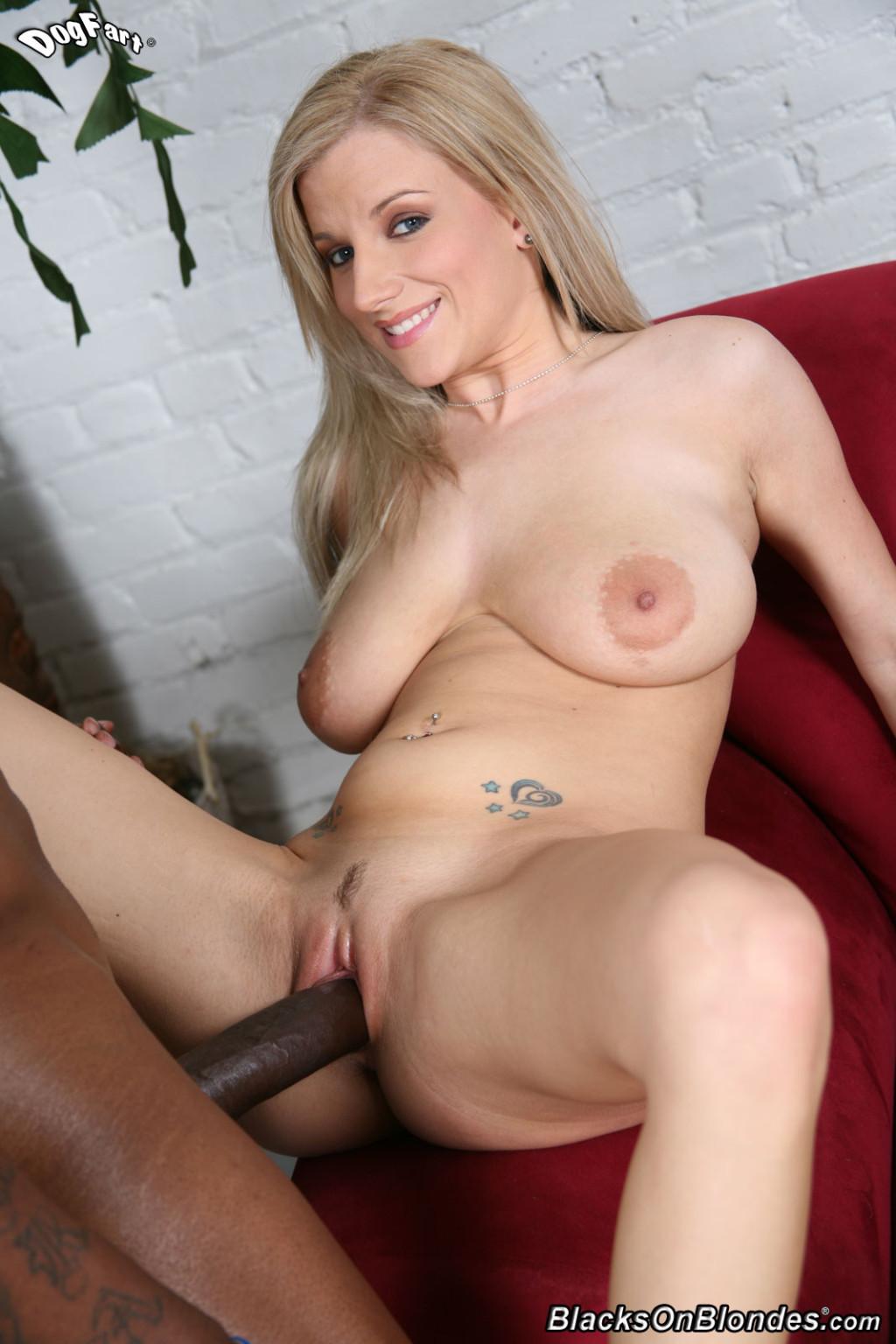 Alicia Cummings Nude