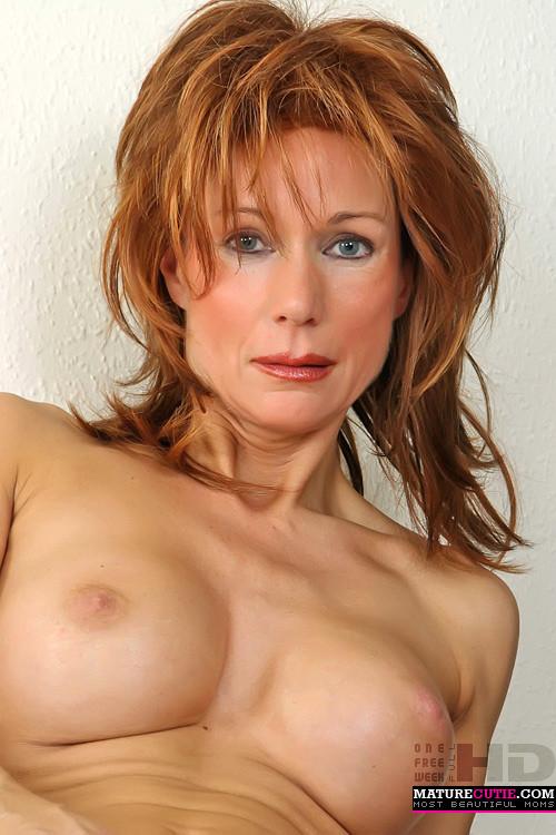 Nude redhead milf Amateur redhead