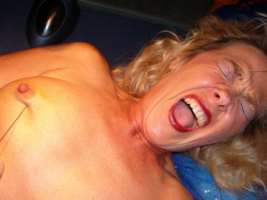 Brenda hall mature big boobs
