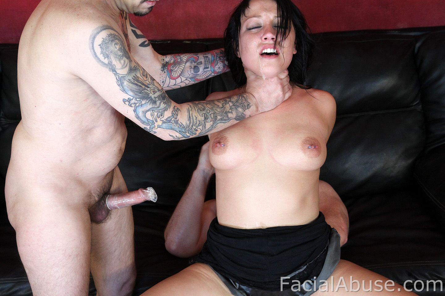 Redbone chick fucked on couch