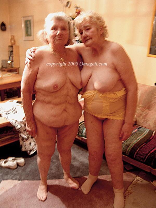 Old Man Seduced Teen Big Tits