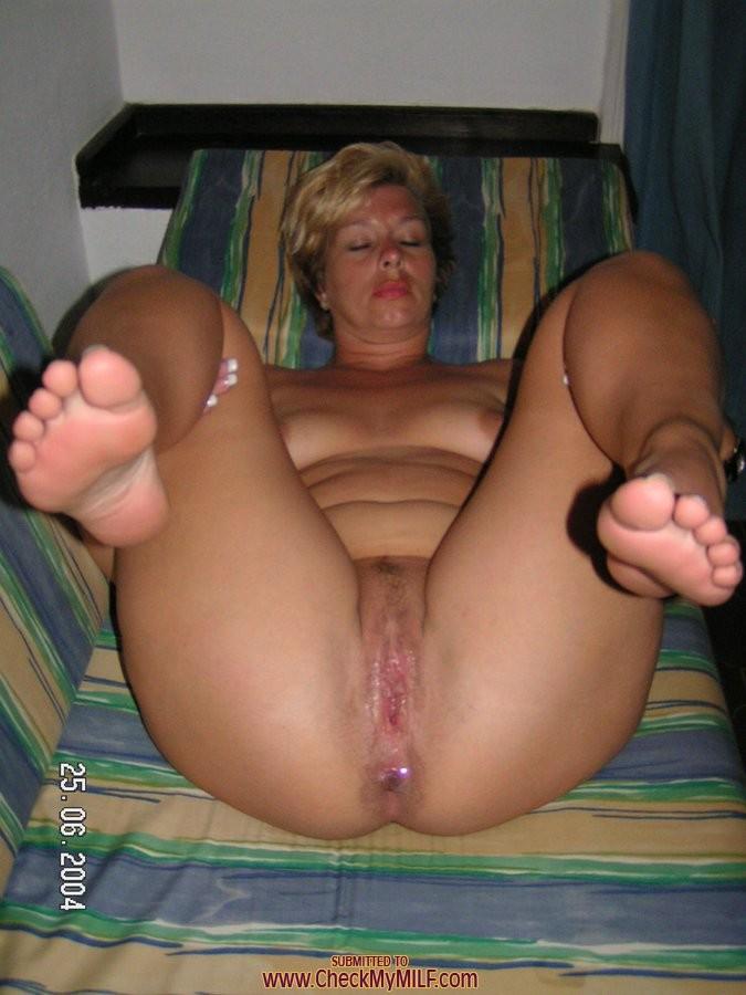 porn pictures amateur mature sluts