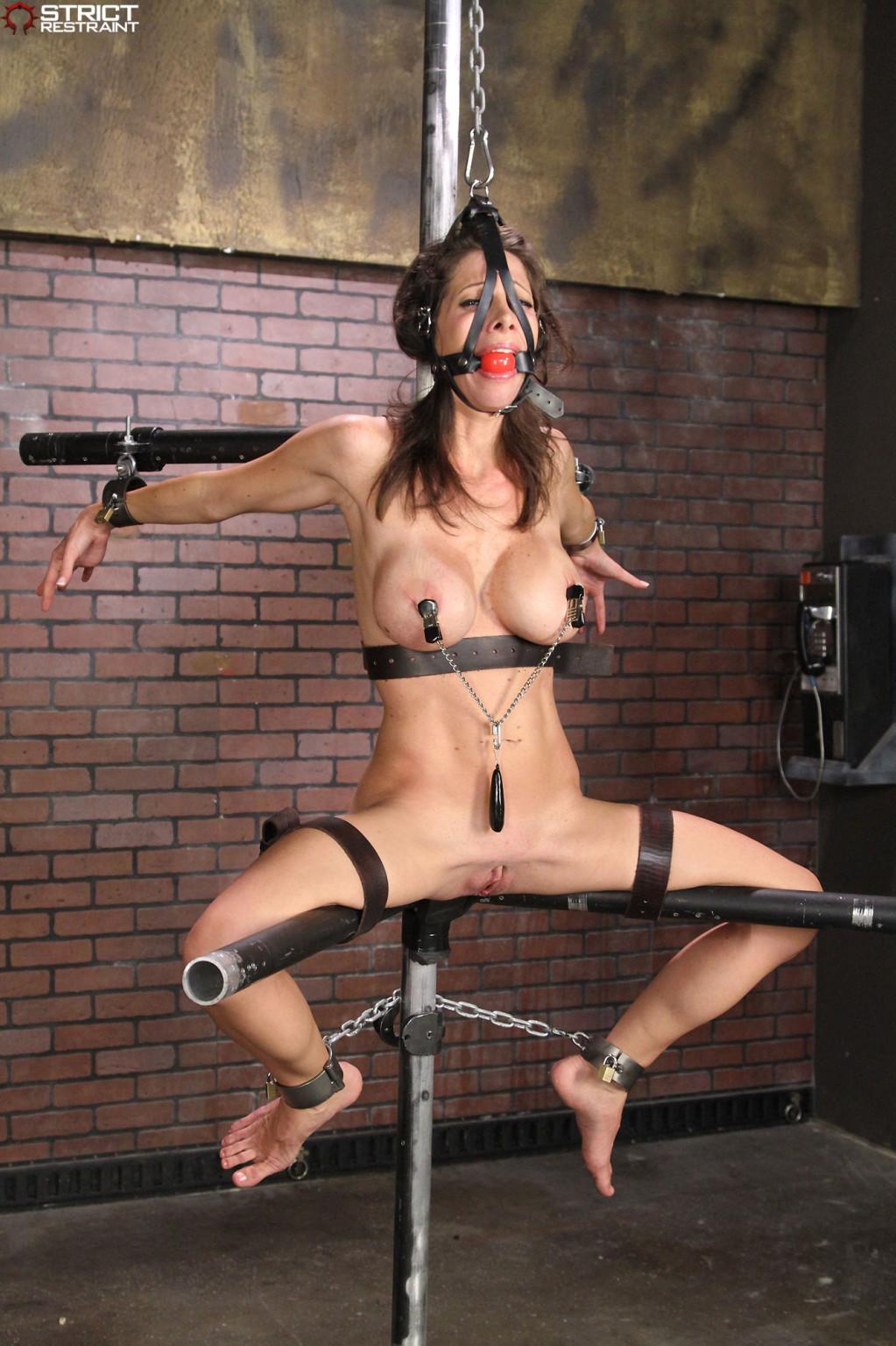 Jennifer lawrence bondage