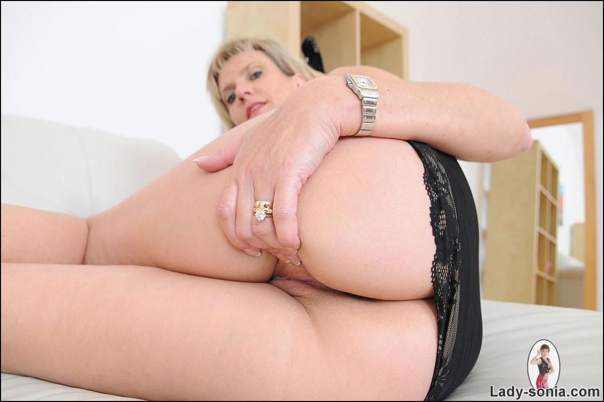 lady sonia pussy