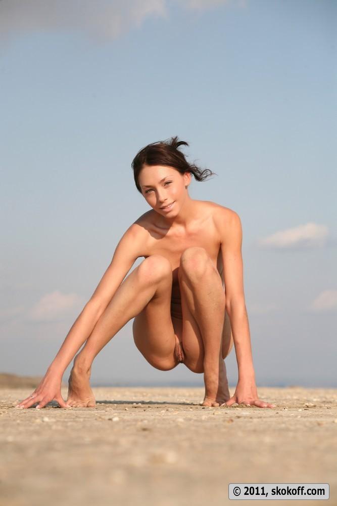 Thin brunette porn tall