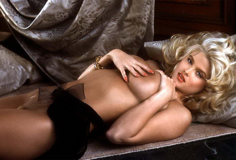 anna-nicole-smith-boob-shot-free-tranny-porn-xxx