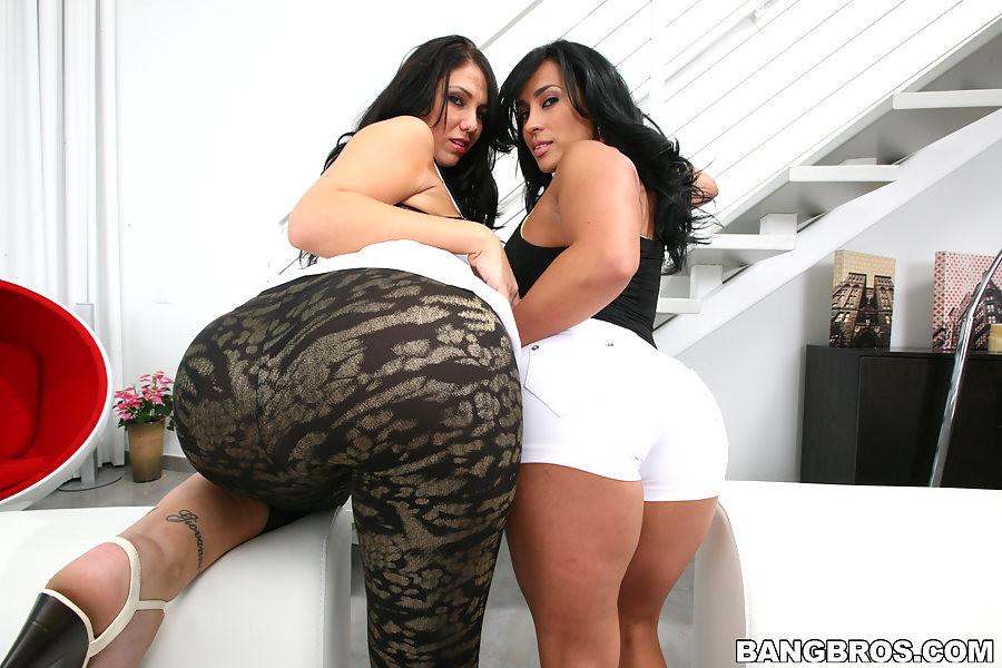 Latina Milf Teen Threesome