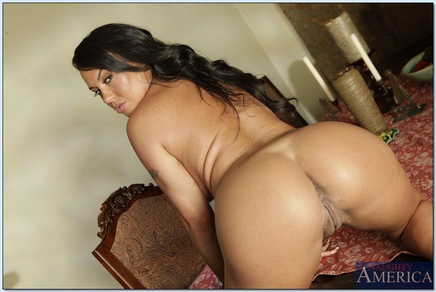 Naked latina girls having sexs