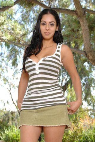Bianca Mendoza    Karups Older Women    Busty    Cute    Latina    Lingerie    MILF    Mature    Nice Ass    Outdoor thumbnail