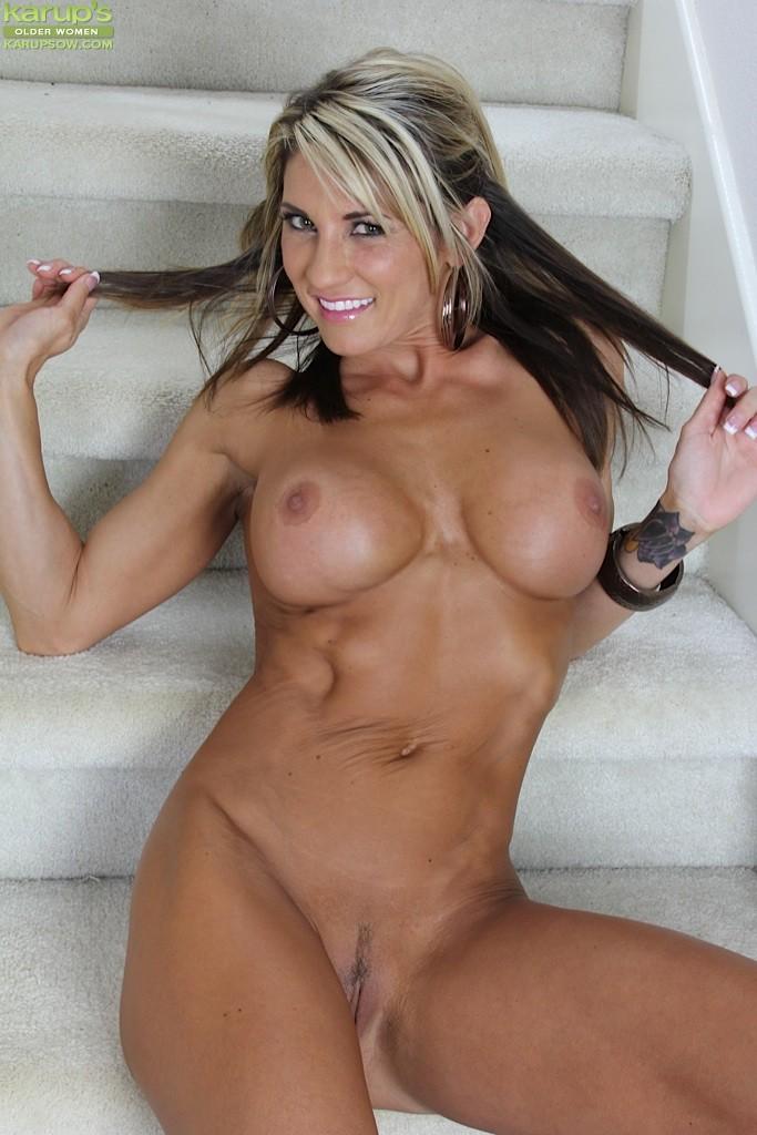 Naked cougars women
