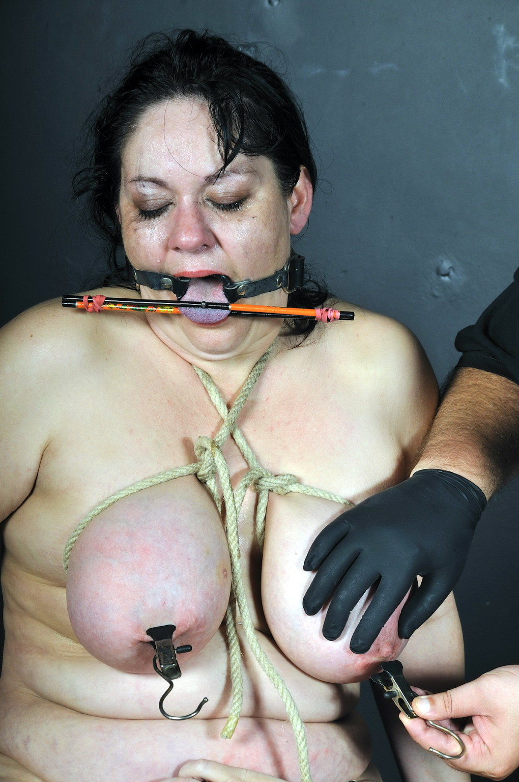 Extreme Deepthroat Big Tits