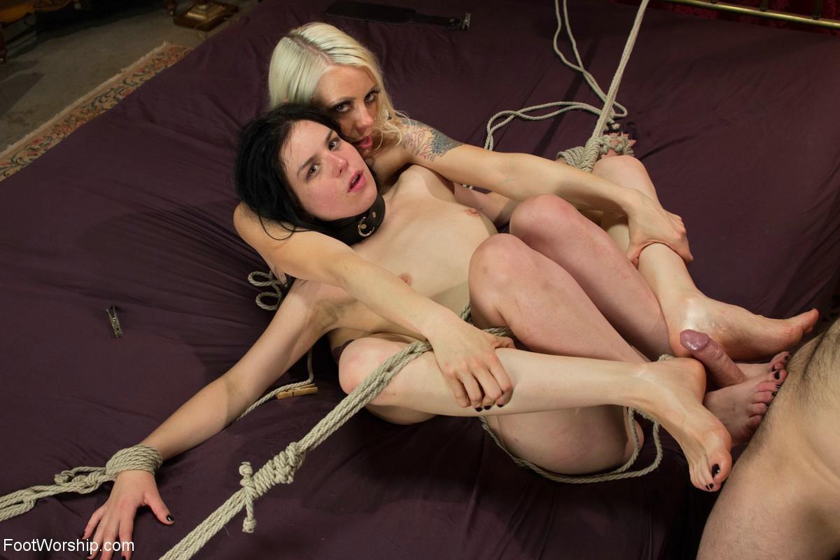 Lesbian Strapon Sinn Sage