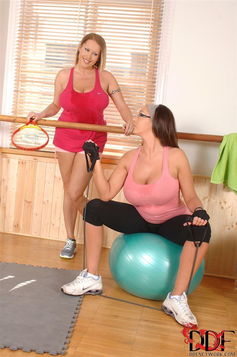 Tit Lesbian Workout Big Lesbian with