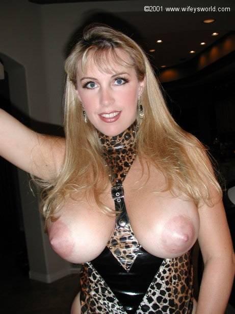 Hot model boobs gif