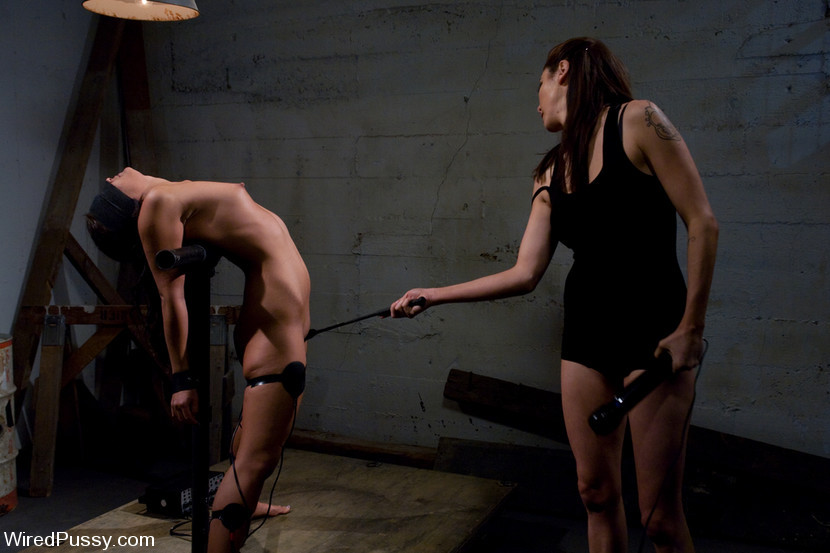 Jade Indica Gets Spanked And Shocked In Hot Lesbian Bdsm Scene