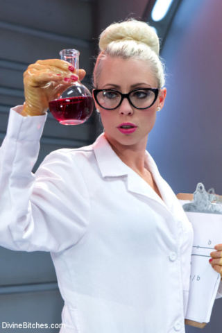 Kip Johnson    Lorelei Lee    Divine Bitches    BDSM    CBT    CFNM    Femdom    Mistress    Nurses    Strapon    Uniform thumbnail
